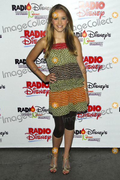 Emily Osment Photo - Emily Osment