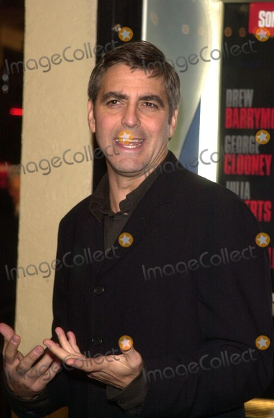 "George Clooney Photo - George Clooney at the premiere of Miramax's ""Confessions of a Dangerous Mind"" at the Mann Bruin Theater, Westwood, CA 12-11-02"