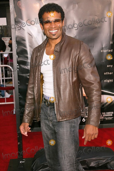 "Mario Van Peebles Photo - Mario Van Peebles at the Los Angeles Premiere of ""Collateral"" at the Orpheum Theatre, Los Angeles, CA. 08-02-04"