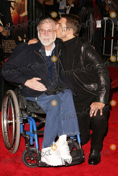 "Ron Kovic, Tom Cruise Photo - Ron Kovic and Tom Cruise at the premiere of Warner Bros. ""The Last Samurai"" at Mann Village Theater, Westwood, CA 12-01-03"