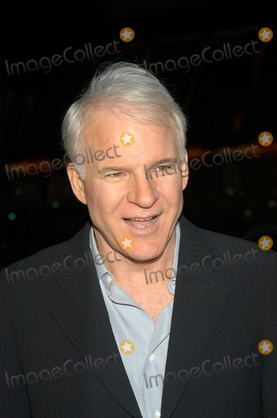 "Steve Martin Photo - Steve Martin at World Premiere of ""Cheaper by the Dozen"", Mann's Grauman Chinese, Hollywood, Calif., 12-14-03"