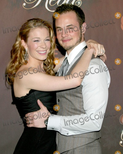 LeAnn Rimes, LEANNE RIMES Photo - LeAnn Rimes & husband