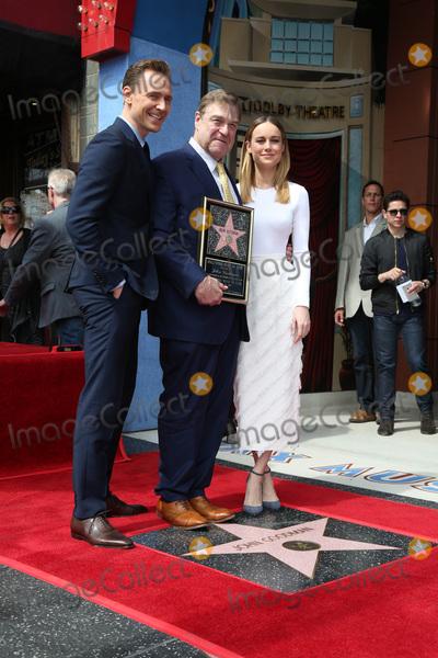 Brie Larson, John Goodman, Tom Hiddleston, Tom Hiddlestone, Tom   Hiddleston Photo - LOS ANGELES - MAR 10:  Tom Hiddleston, John Goodman, Brie Larson at the John Goodman Walk of Fame Star Ceremony on the Hollywood Walk of Fame on March 10, 2017 in Los Angeles, CA