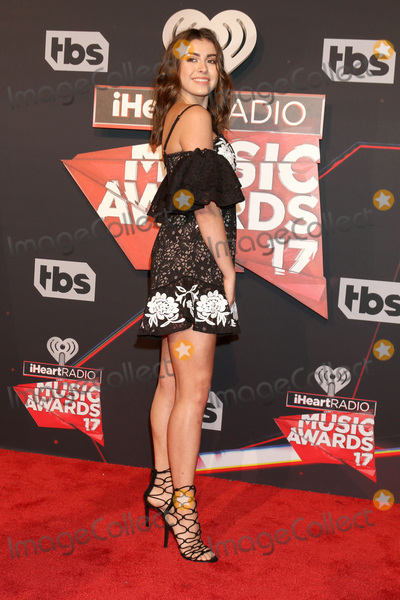Kalani Hiliker Photo - LOS ANGELES - MAR 5:  Kalani Hiliker at the 2017 iHeart Music Awards at Forum on March 5, 2017 in Los Angeles, CA