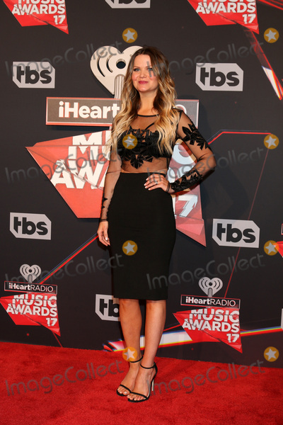 Photo - LOS ANGELES - MAR 5:  Amy Brown at the 2017 iHeart Music Awards at Forum on March 5, 2017 in Los Angeles, CA