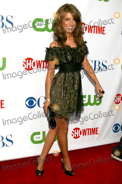 Shenae Grimes Photo - Shenae Grimes  arriving at the CBS TCA Summer 08 Party at Boulevard 3 in Los Angeles, CA on