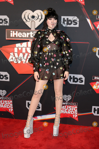 Photo - LOS ANGELES - MAR 5:  Noah Cyrus at the 2017 iHeart Music Awards at Forum on March 5, 2017 in Los Angeles, CA