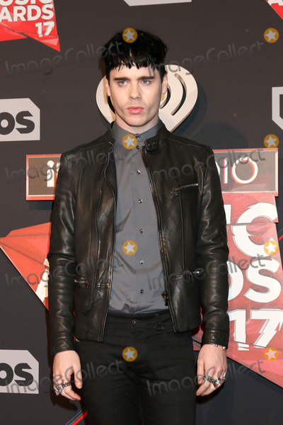 Photo - LOS ANGELES - MAR 5:  Leon Else at the 2017 iHeart Music Awards at Forum on March 5, 2017 in Los Angeles, CA
