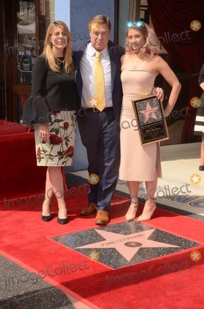 Photo - LOS ANGELES - MAR 10:  John Goodman at the John Goodman Walk of Fame Star Ceremony on the Hollywood Walk of Fame on March 10, 2017 in Los Angeles, CA