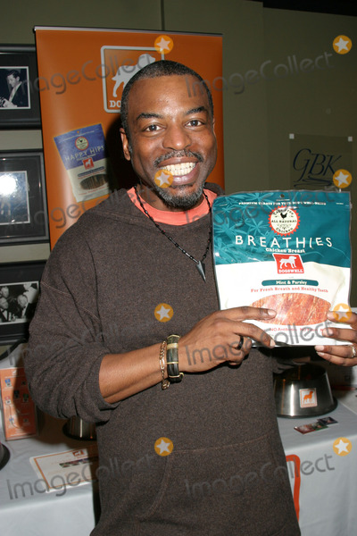 LeVar Burton, FRIARS CLUB Photo - Levar Burton
