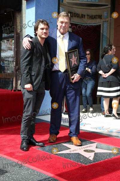 Emile Hirsch, John Goodman Photo - LOS ANGELES - MAR 10:  Emile Hirsch, John Goodman at the John Goodman Walk of Fame Star Ceremony on the Hollywood Walk of Fame on March 10, 2017 in Los Angeles, CA