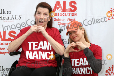 Renee Zellweger, Rene Zellweger, Nanci Ryder Photo - LOS ANGELES - OCT 16:  Nanci Ryder, Renee Zellweger at the ALS Association Golden West Chapter Los Angeles County Walk To Defeat ALS at the Exposition Park on October 16, 2016 in Los Angeles, CA