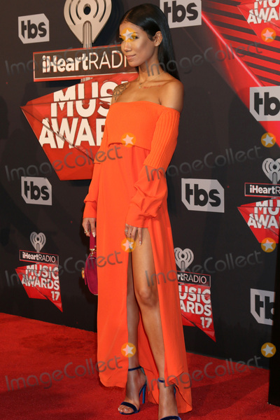 Photo - LOS ANGELES - MAR 5:  Jhene Aiko at the 2017 iHeart Music Awards at Forum on March 5, 2017 in Los Angeles, CA
