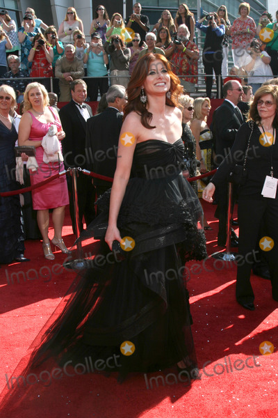 Debra Messing Photo - Debra Messing