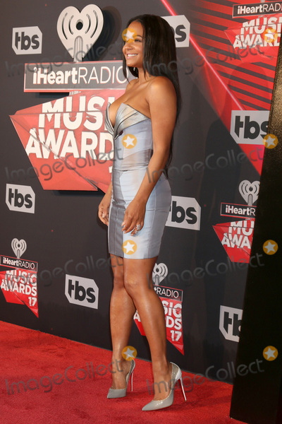 Photo - LOS ANGELES - MAR 5:  Christina Milian at the 2017 iHeart Music Awards at Forum on March 5, 2017 in Los Angeles, CA