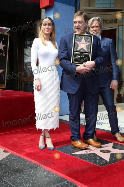 Brie Larson, Jeff Bridges, John Goodman Photo - LOS ANGELES - MAR 10:  Brie Larson, John Goodman, Jeff Bridges at the John Goodman Walk of Fame Star Ceremony on the Hollywood Walk of Fame on March 10, 2017 in Los Angeles, CA