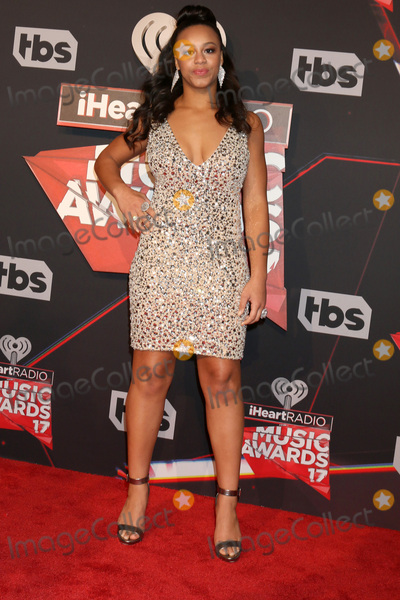 Photo - LOS ANGELES - MAR 5:  Nia Sious at the 2017 iHeart Music Awards at Forum on March 5, 2017 in Los Angeles, CA