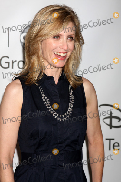 Helen Slater Photo - LOS ANGELES - AUG 7:  Helen Slater at the Disney/ABC Television Group Summer Press Tour at the Beverly Hilton Hotel on August 7, 2011 in Beverly Hills, CA