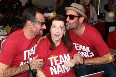 Lawrence Zarian, Gregory Zarian, Nanci Ryder Photo - LOS ANGELES - OCT 16:  Lawrence Zarian, Nanci Ryder, Gregory Zarian at the ALS Association Golden West Chapter Los Angeles County Walk To Defeat ALS at the Exposition Park on October 16, 2016 in Los Angeles, CA