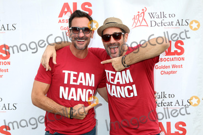 Lawrence Zarian, Gregory Zarian Photo - LOS ANGELES - OCT 16:  Lawrence Zarian, Gregory Zarian at the ALS Association Golden West Chapter Los Angeles County Walk To Defeat ALS at the Exposition Park on October 16, 2016 in Los Angeles, CA