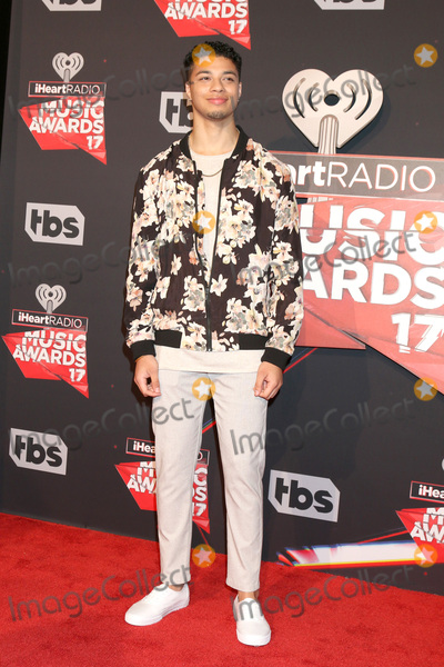 Marcus Perez Photo - LOS ANGELES - MAR 5:  Marcus Perez at the 2017 iHeart Music Awards at Forum on March 5, 2017 in Los Angeles, CA