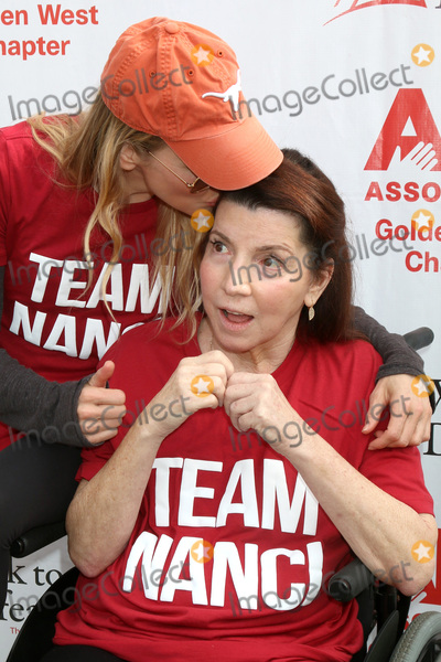 Renee Zellweger, Rene Zellweger, Nanci Ryder Photo - LOS ANGELES - OCT 16:  Renee Zellweger, Nanci Ryder at the ALS Association Golden West Chapter Los Angeles County Walk To Defeat ALS at the Exposition Park on October 16, 2016 in Los Angeles, CA
