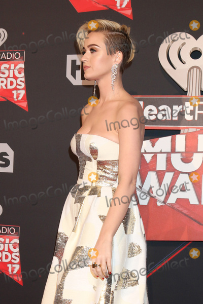 Photo - LOS ANGELES - MAR 5:  Katy Perry at the 2017 iHeart Music Awards at Forum on March 5, 2017 in Los Angeles, CA