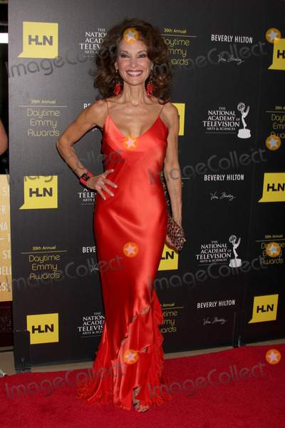 Susan Lucci Photo - LOS ANGELES - JUN 23:  Susan Lucci arrives at the 2012 Daytime Emmy Awards at Beverly Hilton Hotel on June 23, 2012 in Beverly Hills, CA