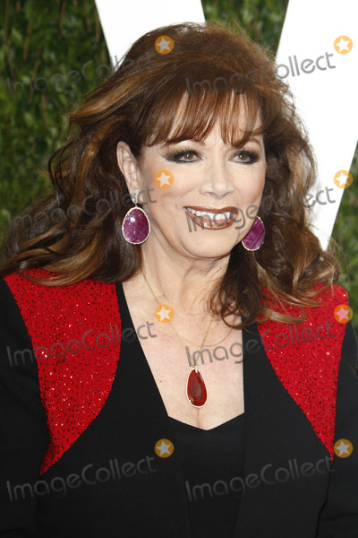 Jackie Collins Photo - LOS ANGELES - FEB 26:  Jackie Collins arrives at the 2012 Vanity Fair Oscar Party  at the Sunset Tower on February 26, 2012 in West Hollywood, CA