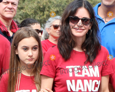 Coco, Courteney Cox, Coco Arquette Photo - LOS ANGELES - OCT 16:  Coco Arquette, Courteney Cox at the ALS Association Golden West Chapter Los Angeles County Walk To Defeat ALS at the Exposition Park on October 16, 2016 in Los Angeles, CA
