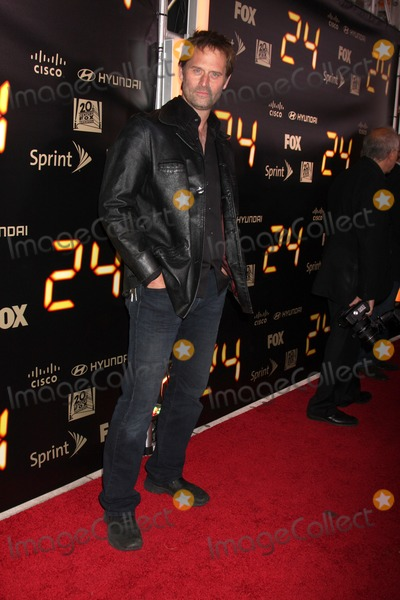 Photo - Jeffrey Nordling