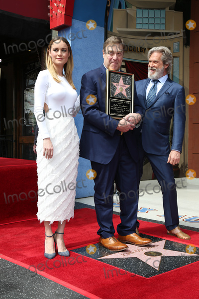 Photo - LOS ANGELES - MAR 10:  Brie Larson, John Goodman, Jeff Bridges at the John Goodman Walk of Fame Star Ceremony on the Hollywood Walk of Fame on March 10, 2017 in Los Angeles, CA
