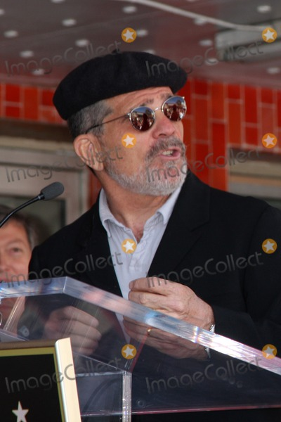 David Mamet, Joe Mantegna Photo - LOS ANGELES - APR 29:  David Mamet attending the Hollywood Walf of Fame Star Ceremony for Joe Mantegna at Hollywood Walk of Fame on April 29, 2011 in Los Angeles, CA