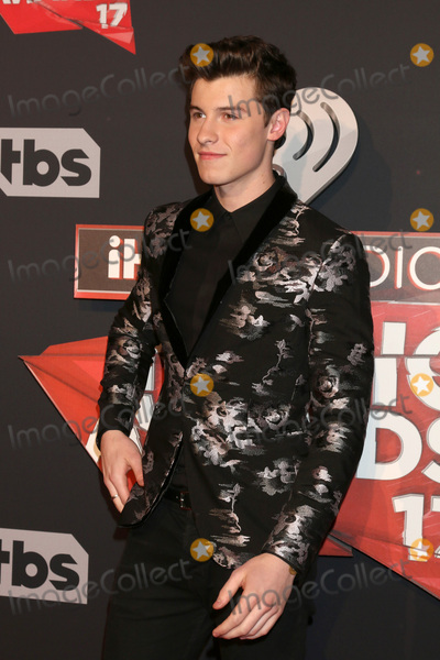 Shawn Mendes Photo - LOS ANGELES - MAR 5:  Shawn Mendes at the 2017 iHeart Music Awards at Forum on March 5, 2017 in Los Angeles, CA