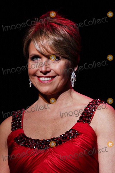 Katie Couric Photo - New York 2-13-2009