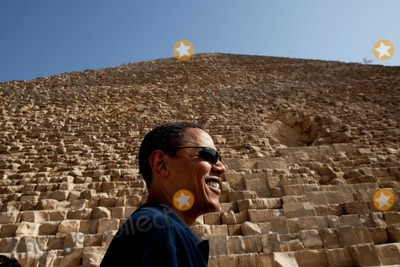 Barack Obama, President Barack Obama Photo - Cairo, Egypt  - June 4, 2009 -- United States President Barack Obama tours the Pyramids of Giza in Egypt 