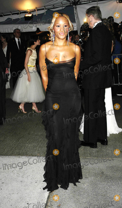 Eve Photo - Photo by: Peter Kramer
