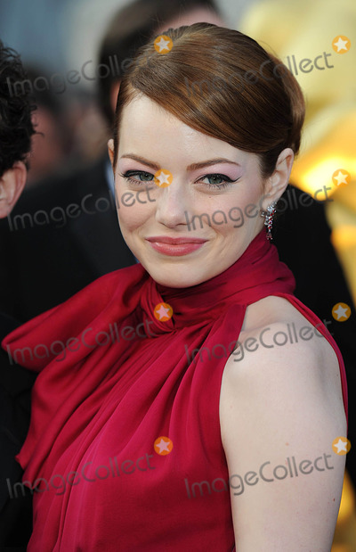 Emma Stone Photo - Emma Stone arriving for the 84th Academy Awards at the Kodak Theatre, Los Angeles.