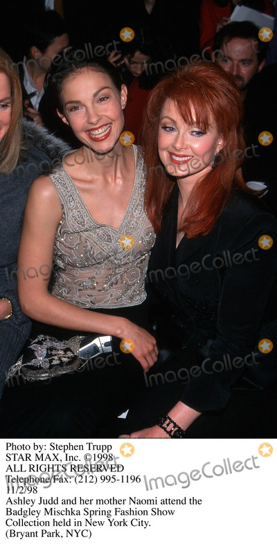 Ashley Judd, Naomi Judd Photo - Photo by: Stephen Trupp