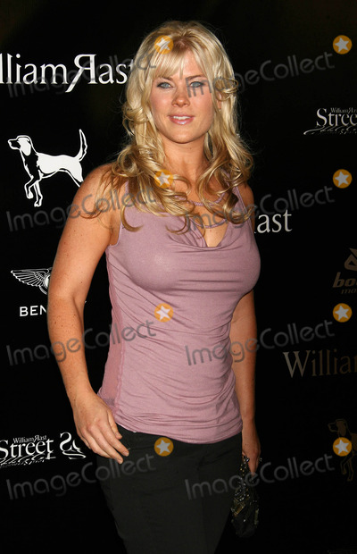 Alison Sweeney Photo - Photo by: NPX/starmaxinc.com