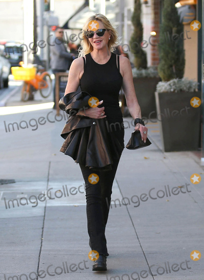 Melanie Griffith, Melanie Griffiths Photo - Photo by: VPRF/starmaxinc.comSTAR MAXCopyright 2017ALL RIGHTS RESERVEDTelephone/Fax: (212) 995-11963/29/17Melanie Griffith is seen in Los Angeles, CA.