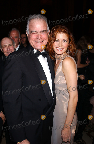Debra Messing Photo - Photo by: Stephen Trupp