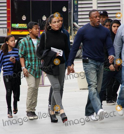 Dr Dre, Dr. Dre, Dres Photo - Dr. Dre (Andre Romelle Young), wife Nicole Threatt and their kids, son Truth and daughter Truly arrive at Staples Center to attend the LA Lakers vs. Miami Heat Christmas Day basketball game. Los Angeles, CA. 12/25/10.
