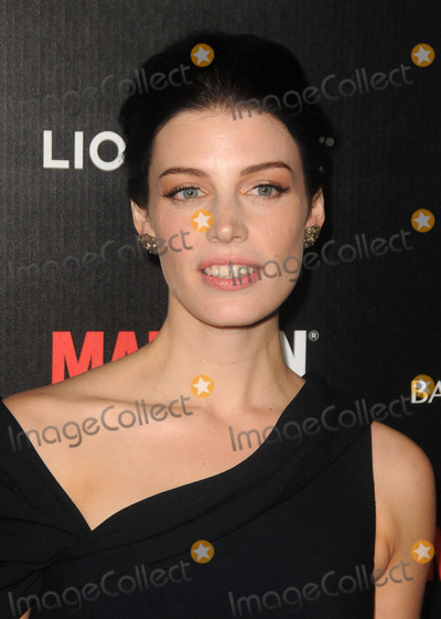 Jessica Pare, Madness Photo - Jessica Pare arriving at the premiere of 'Mad Men' Season 5 at the ArcLight Cinemas on March 14, 2012 in Hollywood, California