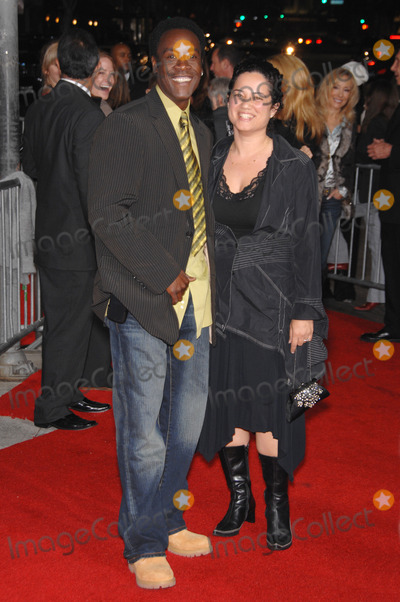 "Bridgid Coulter, Don Cheadle Photo - DON CHEADLE & girlfriend BRIDGID COULTER at the Los Angeles premiere of ""Stranger than Fiction"".