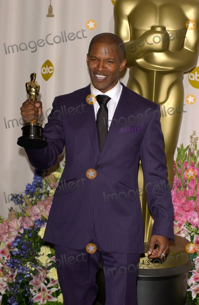 Jamie Foxx Photo - JAMIE FOXX at the 77th Annual Academy Awards at the Kodak Theatre, Hollywood, CA