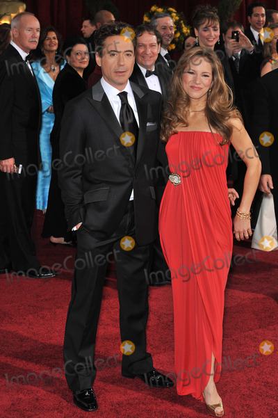 Robert Downey Jr, Robert Downey Jr., Robert Downey, Jr., Susan Levin Photo - Robert Downey Jr. & Susan Levin at the 81st Academy Awards at the Kodak Theatre, Hollywood.