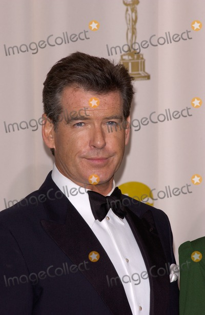 Pierce Brosnan Photo - PIERCE BROSNAN at the 77th Annual Academy Awards at the Kodak Theatre, Hollywood, CA