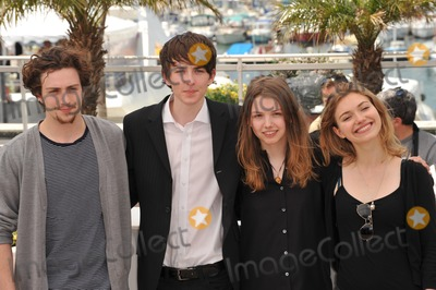"Aaron Johnson, Hannah Murray, Imogen Poots, Matthew Beard Photo - British stars Aaron Johnson (left), Matthew Beard, Hannah Murray & Imogen Poots at the photocall for their new movie ""Chatroom"" at the 63rd Festival de Cannes.