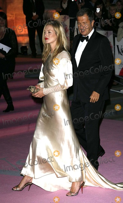 Kate Moss, Mario Testino Photo - Golden Age of Couture-london Fashion Week 2007-v & a Museum, Knightsbridge, London, United Kingdom 09-18-2007 Photo by Mark Chilton-richfoto-Globe Photos,inc. Kate Moss and Mario Testino